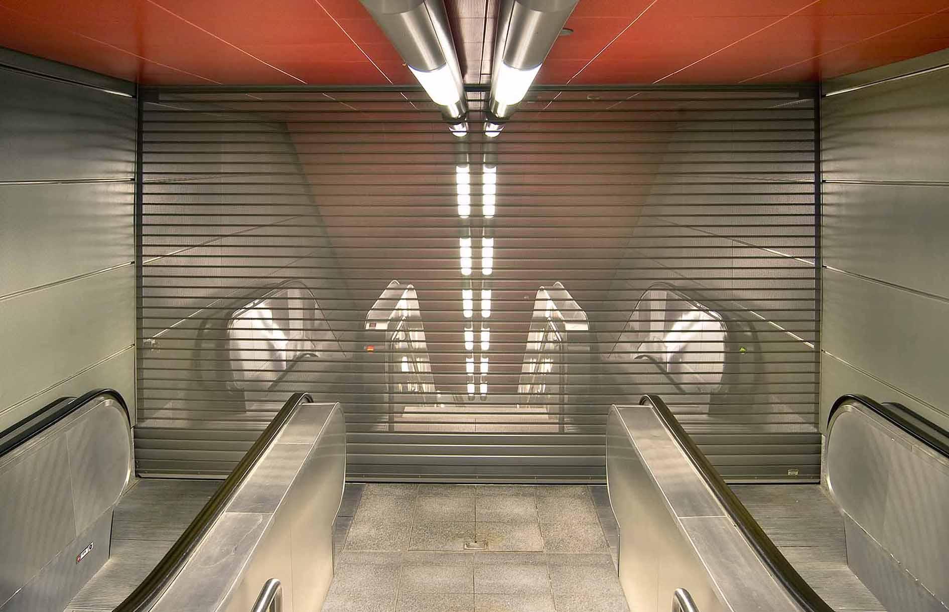 Metro_stairs